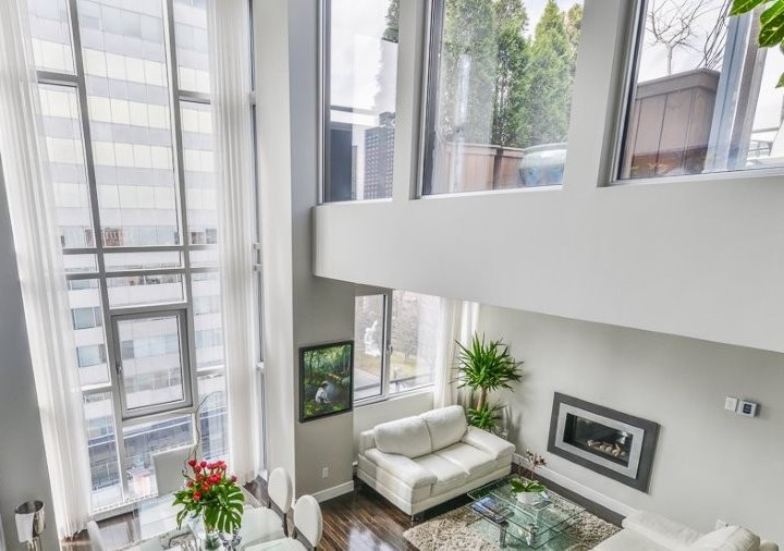 A Beautiful Modern Design Mini-Penthouse Near the Quartier Latin