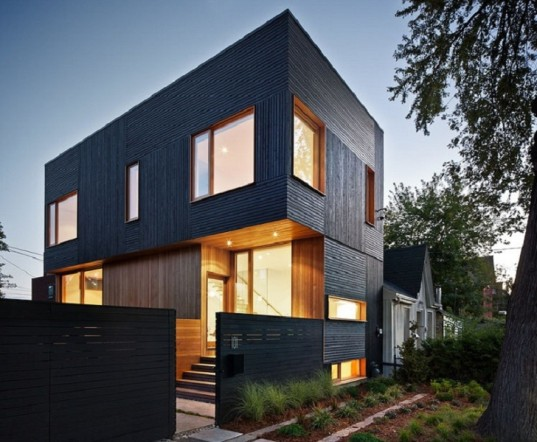 House 3 is a green-roofed modern home in Toronto that seems to glow from inside - Via Inhabitat