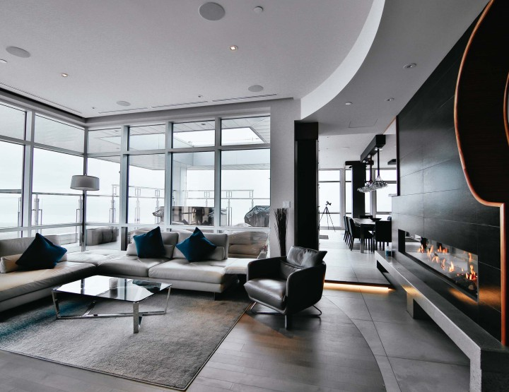 Unique Two-Story Penthouse in the Heart of Quebec City