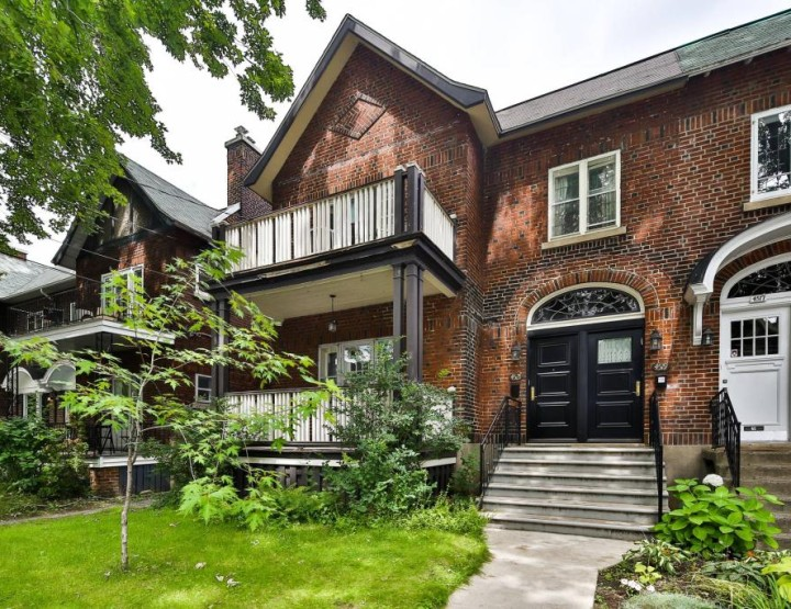 A Classic Family Home in Monkland Village, Montreal | Via Perraultbussiere.com