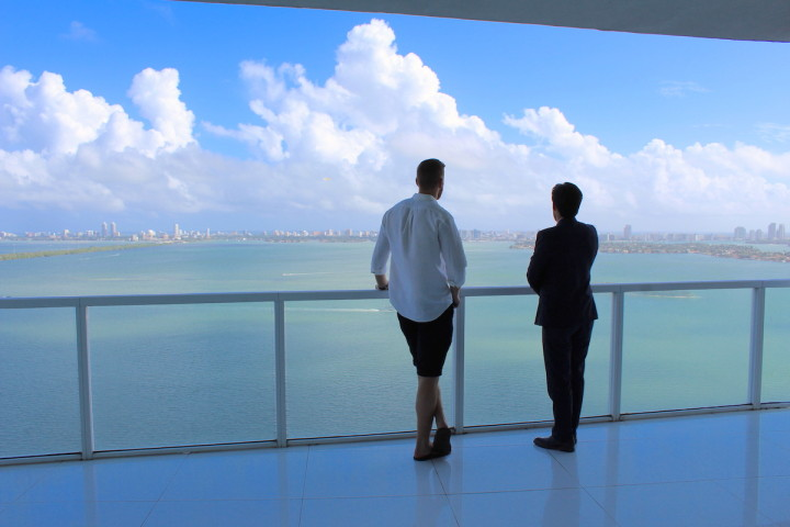 Miami Vacation Special : This Edgewater PH Near Miami Design District Made Us Feel Like Flying