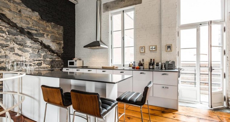 Fresh Listing: Elegant and Renovated Historical Loft in Old Montréal