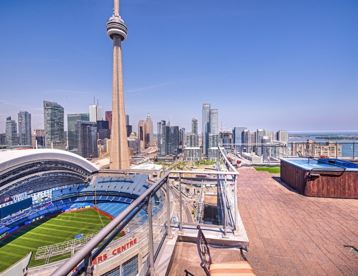 Now That's Entertainment District! This PH has Total View Over Toronto Rogers Center
