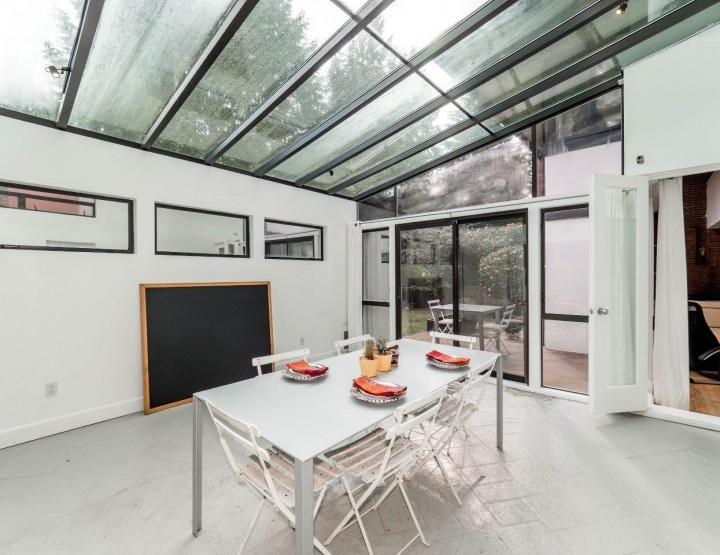 Look at This Splendid Modern House Close to the Edgemont Village in North Vancouver