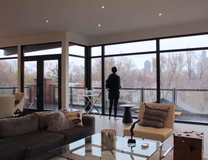Inside The Perch in Rosedale, Toronto : A Glass Modern PH Deposed on Top of a Last Century Mansion