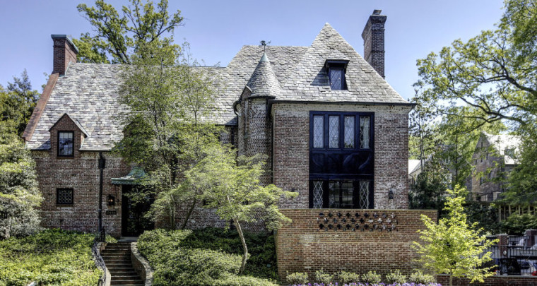 Obama Picked His Post Presidency House in Washington : Take a Look Inside!