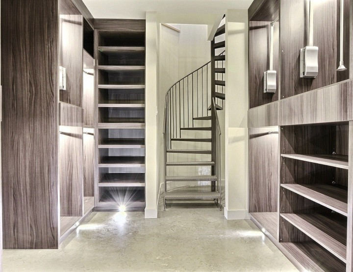High Tech Million Dollar Condo in Rosemont With Concealed Walk-in Room