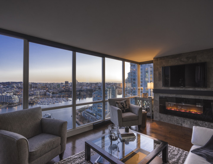 Protected and Unobstructed Views of False Creek and Marinaside in a Yaletown Condo, Vancouver