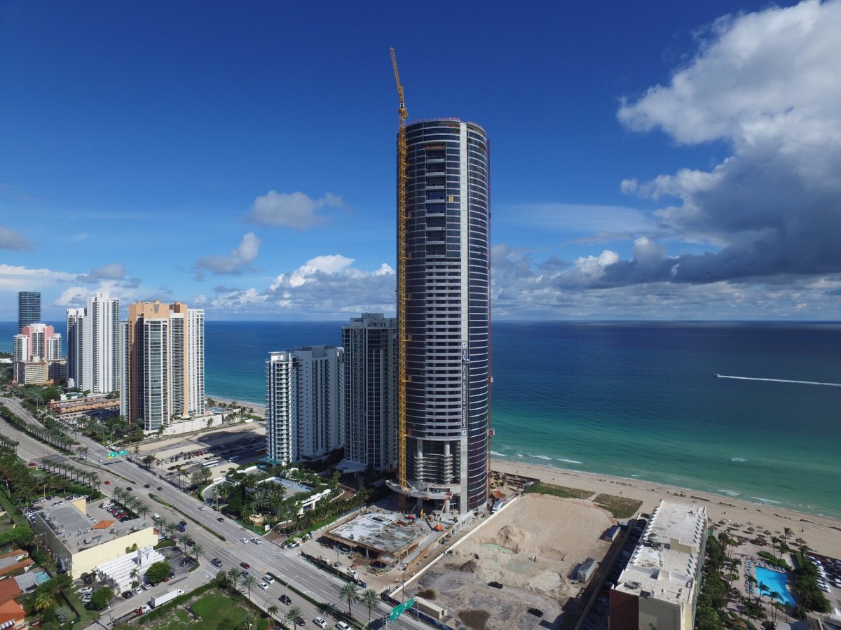 the-tower-is-60-stories-tall-rising-650-feet-on-the-shorefront-of-sunny-isles-beach