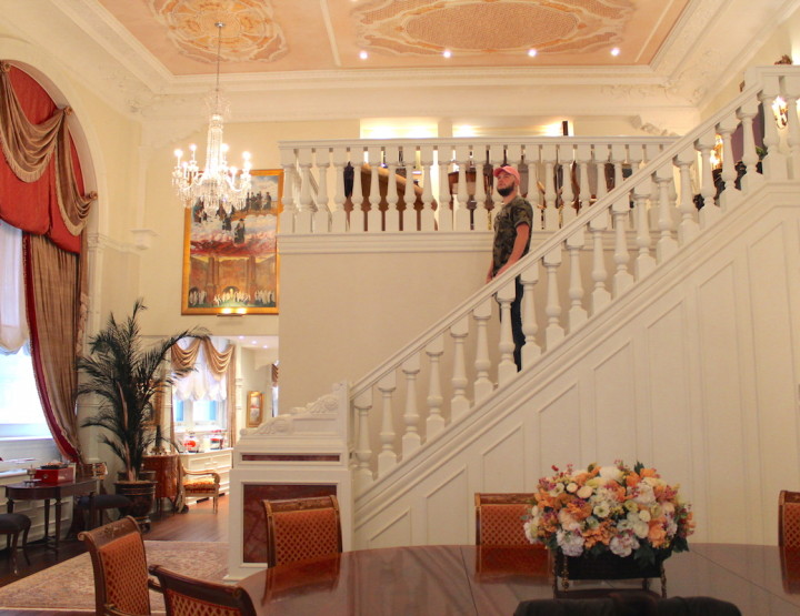 Inside A Grandiose Unit at Le St-Regis with Martin Rouleau and Marketing Author Jules Marcoux