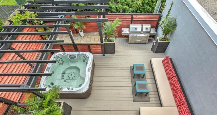 Cool Spa Pal! Full Family Modern House in Villeray With Amazing Backyard Amnenities
