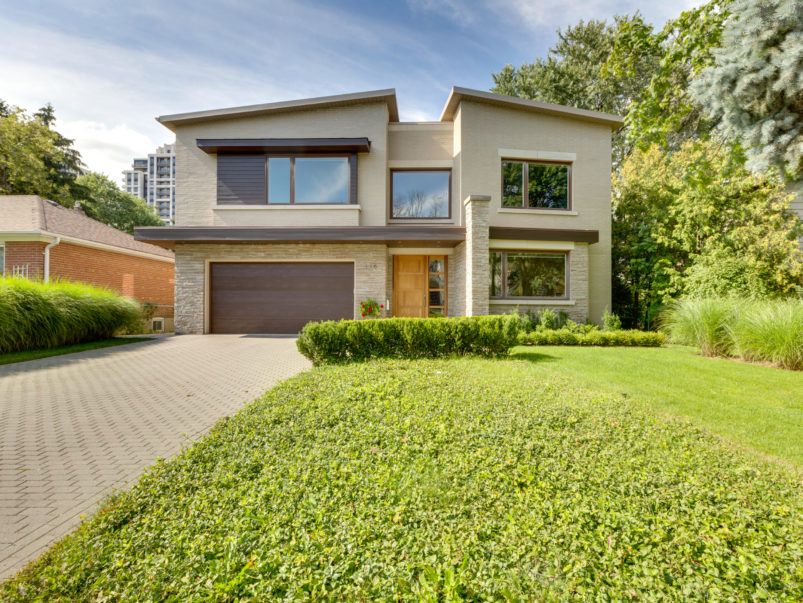 3 5 million for an eco friendly modern home near the 401 for Eco homes canada